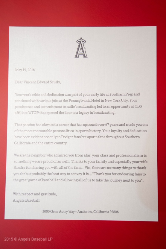 Angels Baseball's letter to Vin. 2016 © Angels Baseball LP. All Rights Reserved.